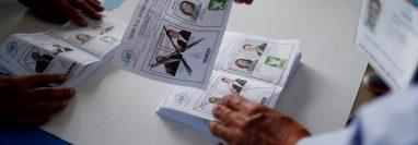 Según las misiones de observación, la jornada electoral del pasado domingo transcurrió sin mayores sobresaltos. (Foto Prensa Libre: EFE)