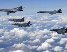 Corea del Sur es apoyada por la fuerza aérea y naval de Estados Unidos. (Foto Prensa Libre: AFP)