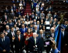 Los integrantes de las  Comisiones de Postulación de CSJ y Apelaciones fueron juramentadas en el Congreso. (Foto Prensa Libre: Hemeroteca PL)