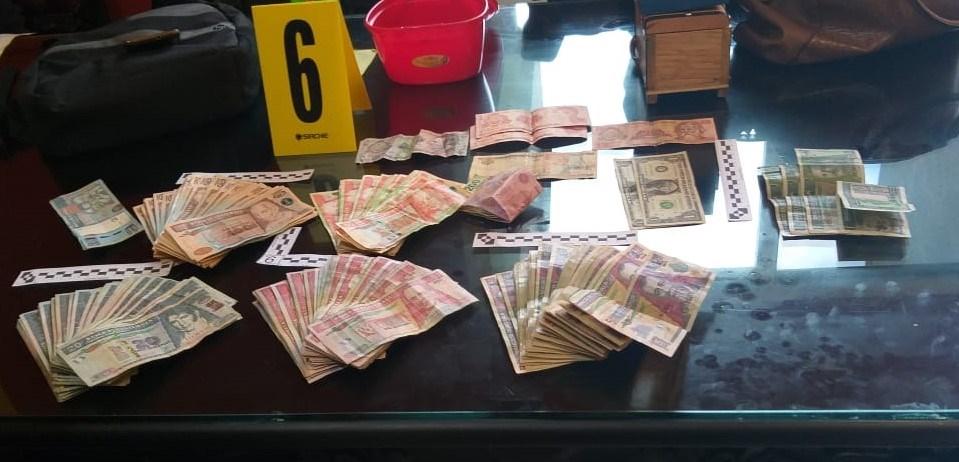 Joyas, celulares y más de Q100 mil: El botín de cuatro capturados por narcotráfico
