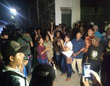 Simpatizantes de Trujillo festejan la victoria electoral. (Foto Prensa Libre: Mario Morales)
