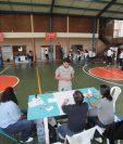 Los centros de votación han convocado a pocos ciudadanos para ejercer su derecho. (Foto Prensa Libre: Juan Diego González)