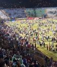 Momentos de terror se vivieron en el futbol hondureño, en el que se reportan muertos. (Foto Prensa Libre: Redes)