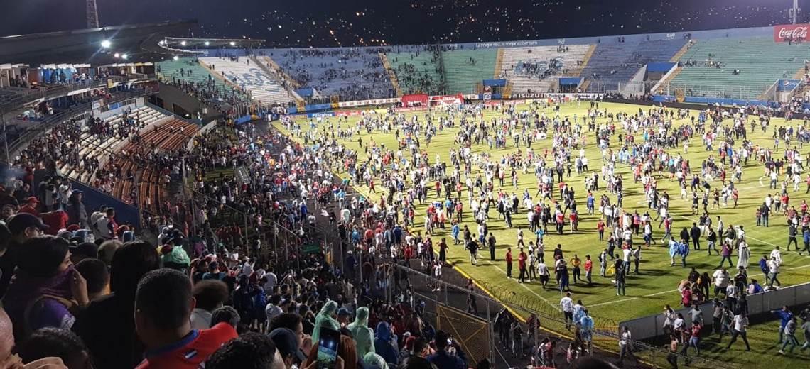 Muertos y heridos en el clásico entre el Olimpia y el Motagua de Honduras