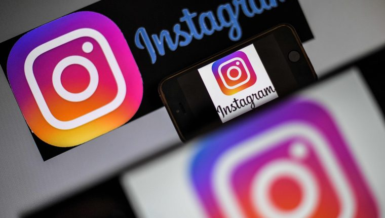 Instagram ya permite a los usuarios denunciar información que consideren falsa. (Foto Prensa Libre: AFP)