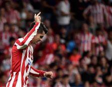 Alvaro Morata celebra el gol que le dio el triunfo al equipo colchonero. (Foto Prensa Libre: AFP)