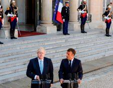 El primer ministro británico, Boris Johnson se reunión con el presidente de Francia, Emmanuel Macron. (Foto Prensa Libre: AFP)