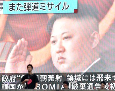 """Kim Jong Un afirmó que el sistema """"recientemente desarrollado"""" era un """"gran arma"""", aseguró la agencia oficial Korean Central News Agency (KCNA). (Foto Prensa Libre: AFP)"""