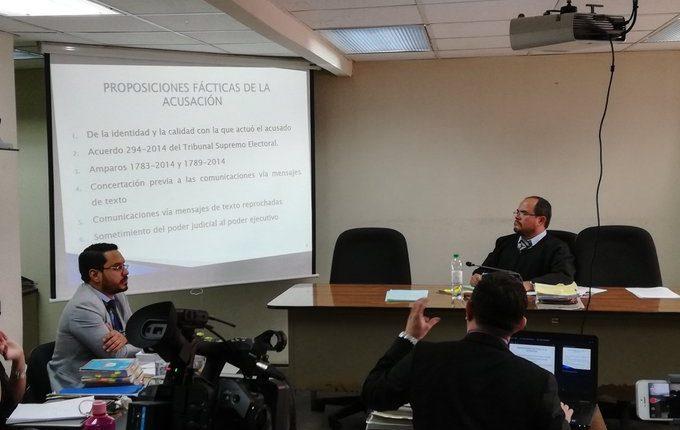 Tribunal Octavo Unipersonal Penal donde se lleva a cabo la audiencia por el caso del exmagistrado de la CSJ, Gustavo Adolfo Mendizabal. (Foto Prensa Libre: Kenneth Monzón).