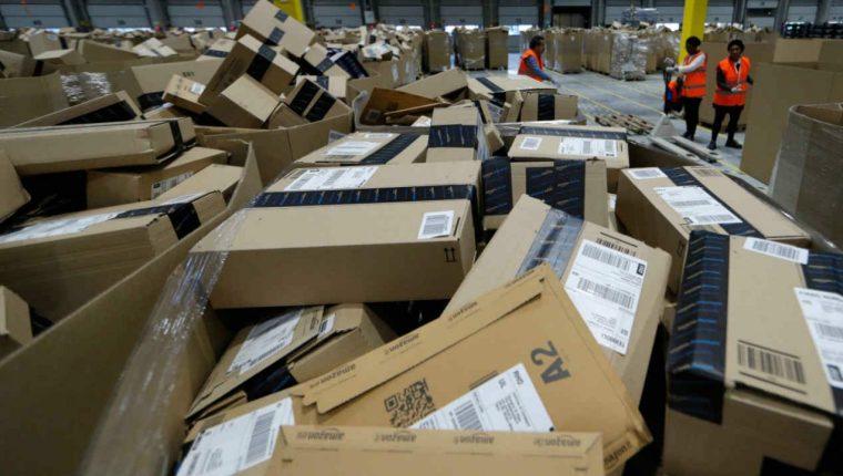 Amazon-Black-Friday-Cyber-Monday-WEB