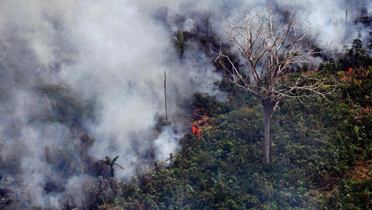 Vista del incendio en el Amazonas, en Porto Velho, estado de Rondonia, Brasil. (Foto Prensa Libre: AFP).