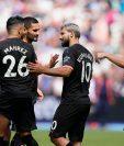 Jugadores del Manchester City festejan después de haber conseguido el triunfo contra el West Ham. (Foto Prensa Libre: EFE).