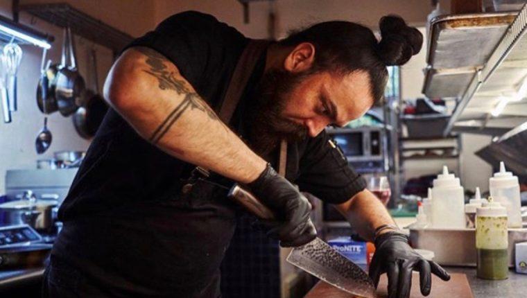 Jorge Cárdenas prepara diversos platillos de Guatemala en Nueva York. (Foto Prensa Libre: cortesía)