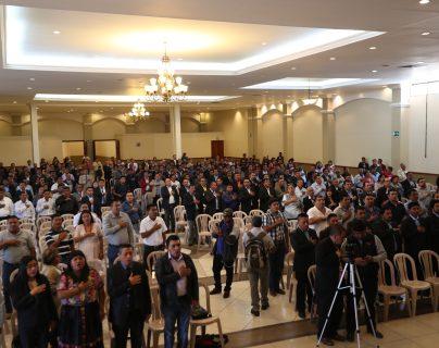 La JED entregó las credenciales del departamento el viernes 30 de agosto en el Centro de Convenciones de Salcajá, Quetzaltenango.  (Foto Prensa Libre: María Longo)