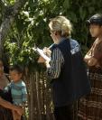 Encuestadores de ProDatos visitan una de las comunidades rurales de Guatemala para medir la intención de voto previo a la segunda vuelta electoral de 2019. (Foto  Prensa Libre: ProDatos)