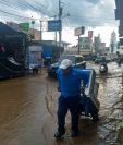 Fuerte lluvia causa inundaciones en la ciudad de Chimaltenango. (Foto Prensa Libre: Conred).