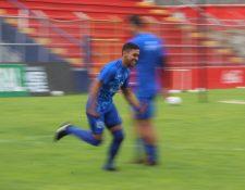 El pasado sábado Cristian Albizures marcó su primer gol del torneo que le ha dado motivación para encarar esta nueva jornada. (Foto Prensa Libre: Raúl Juárez)