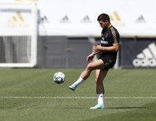 El delantero serbio Luka Jovic hace trabajo diferenciado, tras la lesión que sufrió durante el partido contra el Atlético de Madrid. (Foto Prensa Libre).