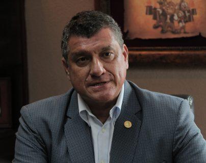 Guillermo Castillo, vicepresidente electo comenta cuales serán los retos en la presidencia. (Foto Prensa Libre: Miriam Figueroa)