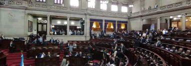 El presente año ha sido de pocos resultados a causa de las interpelaciones. (Foto Prensa Libre: Congreso)
