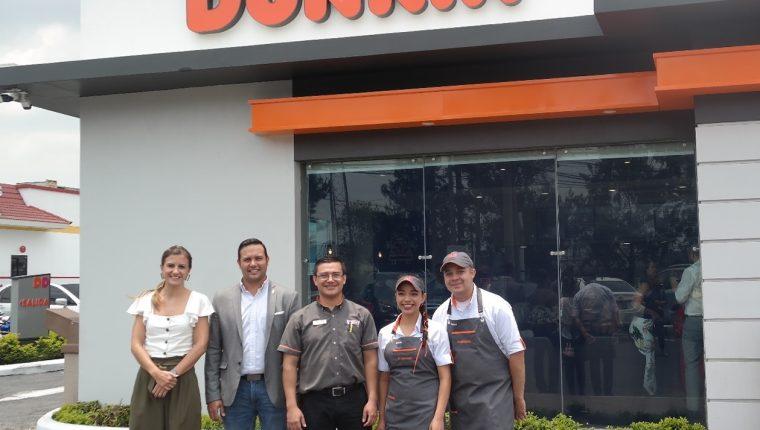 Dunkin celebra su séptimo aniversario de operaciones en el país. Foto Cortesía.