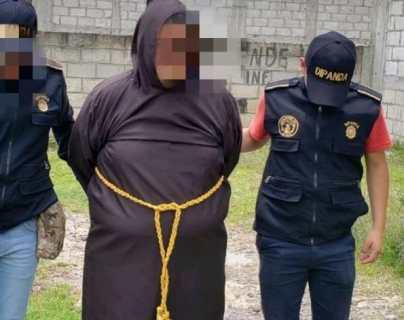 Capturan en iglesia a falso monje cuando se disponía a recoger dinero de extorsión