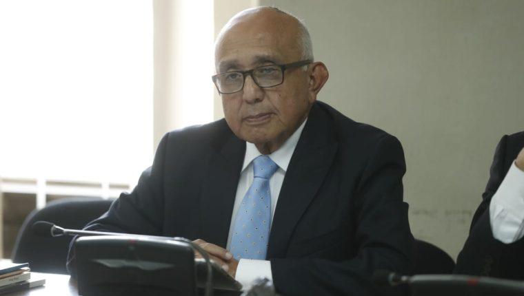 El exmagistrado IV de la CSJ, Gustavo Mendizabal, enfrenta juicio por tráfico de influenicias. (Foto Prensa Libre: Esbin García)