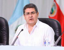 El presidente de Honduras Juan Orlando Hernández viaja este domingo a Washington para abordar el combate de la migración irregular desde Centroamérica hacia Estados Unidos. (Foto Prensa Libre:  AFP)