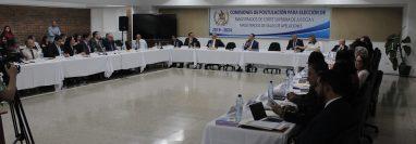 Se desarrolla la primera reunión de la Comisión de Postulación de Cortes de Apelaciones. (Foto Prensa Libre: Miriam Figueroa)
