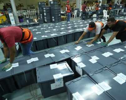 Reparten insumos electorales que utilizarán juntas receptoras de votos del departamento de Guatemala
