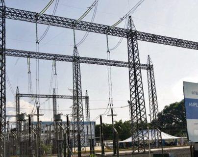 La Interconexión eléctrica de Guatemala y México empezó a operar en el 2010. Ahora CEPAL impulsa otra. (Foto, Prensa Libre: Hemeroteca PL).