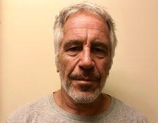 Jeffrey Epstein fue acusado  de crear una red de tráfico sexual de menores. (Foto Prensa Libre: EFE)