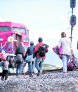 Según la PNC y el MP, los guatemaltecos denuncian ser extorsionados para conseguir asilo en EE. UU. (Foto Prensa Libre: EFE)