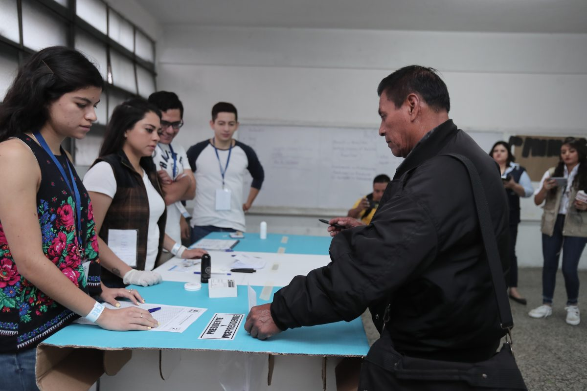 Inicia la discusión de reformas a la Ley Electoral con más de mil propuestas de cambios
