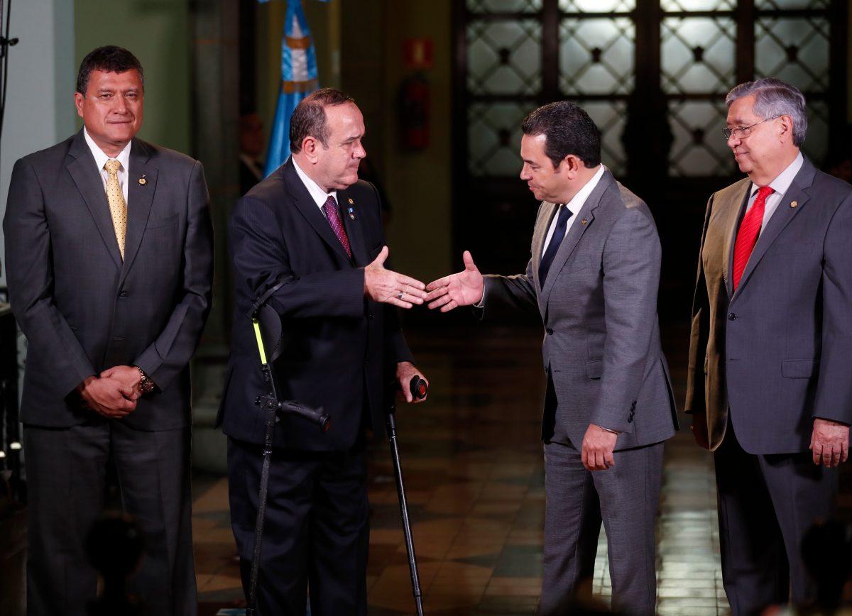 Guatemala a examen: Standard & Poor's se prepara para venir al país en plena transición de mando