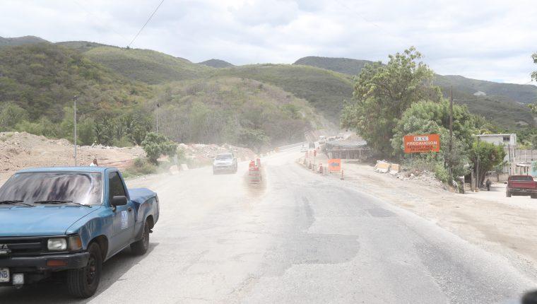 El CIV solicitó una readecuación presupuestaria para inversión física de varios tramos carreteros al Ministerio de Finanzas por Q135 millones. (Foto Prensa Libre: Hemeroteca)