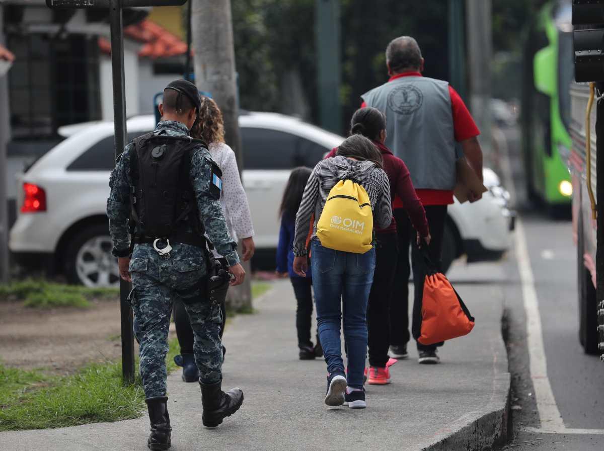 La ayuda a los migrantes en EE. UU. que ofreció Jimmy Morales se quedó en promesa
