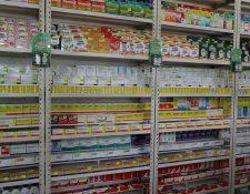 Ventas de medicamentos antibióticos en las farmacias serán vendidas únicamentee con una receta de un medico. (Foto Prensa Libre: Hemeroteca)