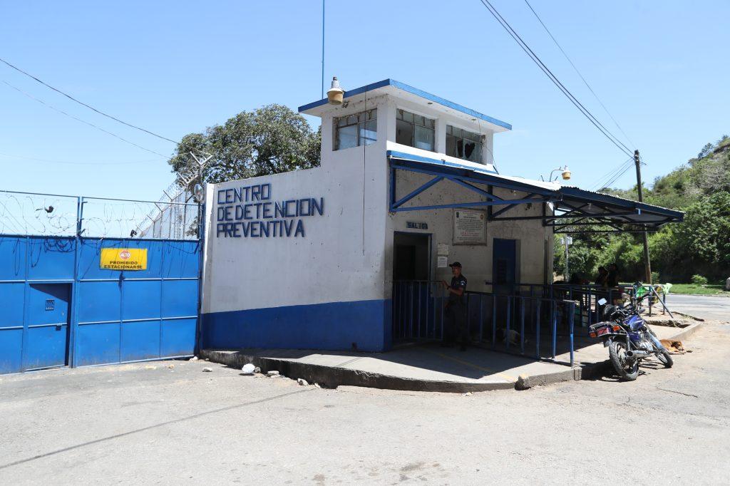 El control telemático que serviría para reducir el hacinamiento en las cárceles del país aún siguen sin implementarse. (Foto Prensa Libre: Hemeroteca PL)