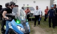 Neto Bran, alcalde de Mixco estuvo presente en el estadio Pensativo en el partido entre Antigua GFC y Mixco. (Foto Prensa Libre: Julio Sicán)