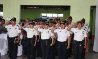 Contingente de la PNC que fue asignado a la subestación de la PNC en Zacualpa, Quiché. (Foto Prensa Libre: Héctor Cordero).