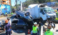 Muchos de los accidentes se producen por el abuso de la velocidad, según autoridades de tránsito. (Foto Prensa Libre: Hemeroteca PL)