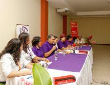 Representantes de Guatemágica dieron a conocer que a partir del 15 de agosto estará disponible el corredor turístico entre Tapachula, Retalhuleu y Quetzaltenango. (Foto Prensa Libre: Rolando Miranda)
