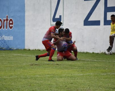 Iztapa consiguió un triunfo que le ayuda en el Apertura 2019. (Foto Prensa Libre: Carlos Paredes)
