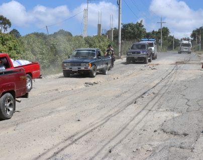 La carretera que el Gobierno no terminó de construir ahora está a punto de colapsar