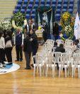 El funeral de Teodoro Palacios Flores se lleva a cabo en el gimnasio que lleva su nombre, en la zona 5 capitalina. (Foto Prensa Libre: Francisco Sánchez).