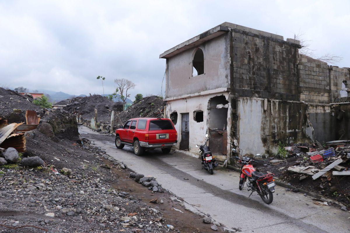 Antropólogos forenses se suman a búsqueda de restos de víctimas de erupción del Volcán de Fuego