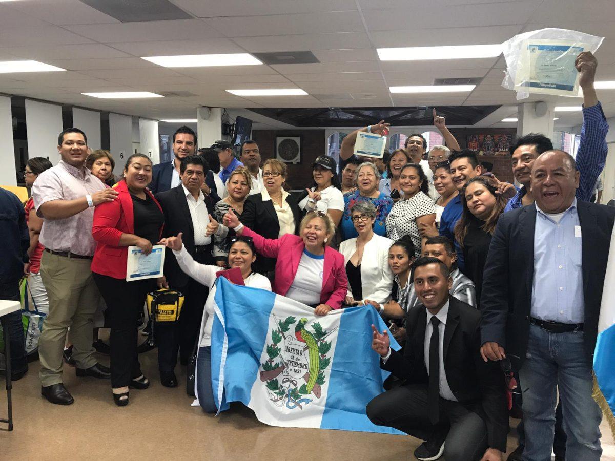 Así votaron los guatemaltecos en Estados Unidos durante la segunda vuelta