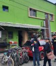 La Unidad contra el Robo de Vehículos coordinó los allanamientos en las zonas 4 y 8 de la ciudad. (Foto Prensa Libre: Ministerio Público)