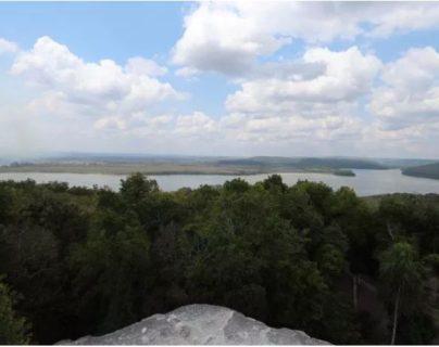 La reforestación se llevará a cabo en una parte del Parque Nacional Yaxhá. (Foto Prensa Libre: Óscar García)